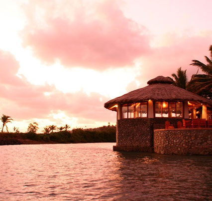 Fiji Vacations - Dine in ocean view restaurants at sunset.