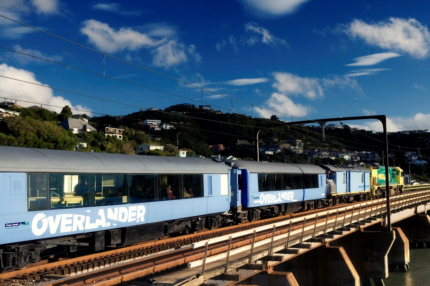 The Overlander Train Traveling In New Zealand Train Vacations