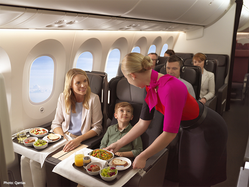 Qantas Premium Economy Dining