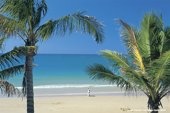 Noosa Main Beach credit Tourism and Events Queensland