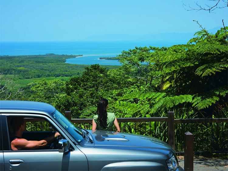 Great Barrier Reef Drive Alexandra Lookout Daintree on an Australian road trip