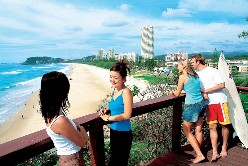 Mick Schamburg Park Lookout credit Tourism and Events Queensland