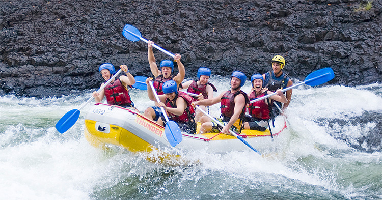 White Water Rafting Tully River things to do in cairns credit Raging Thunder